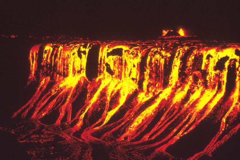 Spectacular Volcanic Eruption Photos from NASA, USGS and NOAA