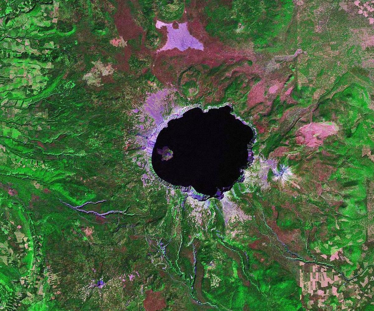 Caldera Crater Formed By Volcanic Collapse Or Explosion - Calderas in the us map