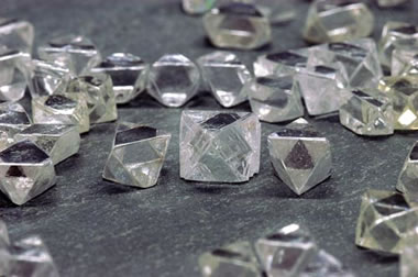 diamonds from the Diavik Mine