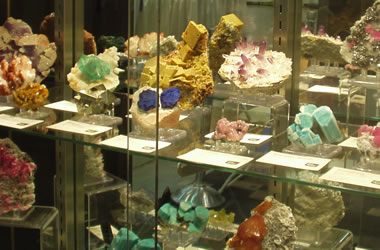 Valuable mineral specimens
