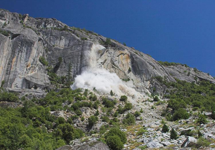 Yosemite debris avalanche