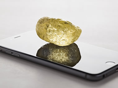 552-carat yellow diamond