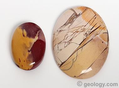 Mookaite opal