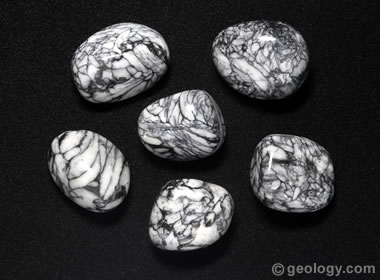 pinolith tumbled stones