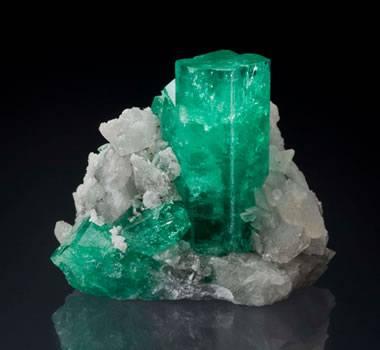 beryl the gem mineral of emerald aquamarine morganite