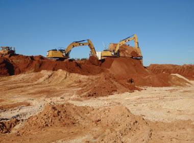 mining zircon-rich sand