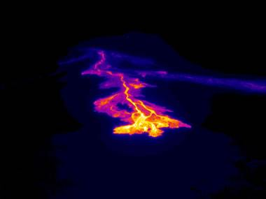 thermal image of a basalt flow on Kilauea