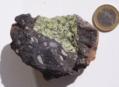 Peridotite xenolith