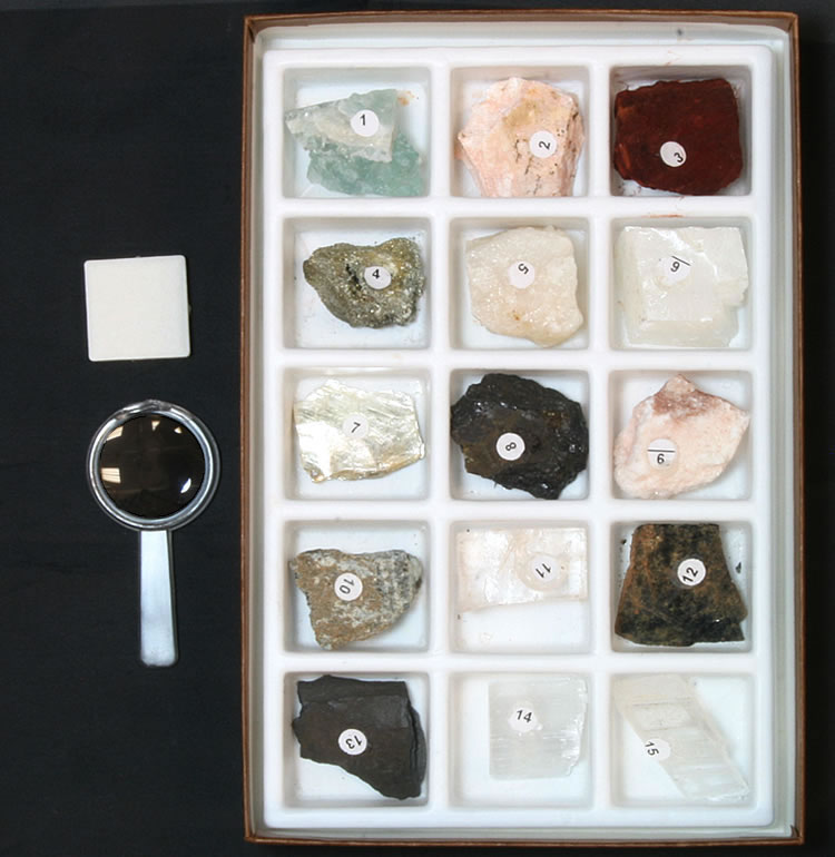 WARD S Know Your Minerals Collection - identification Ward s Science