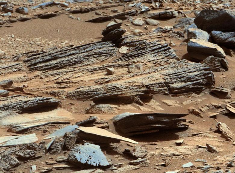 Mars Cross Bedding Outcrop