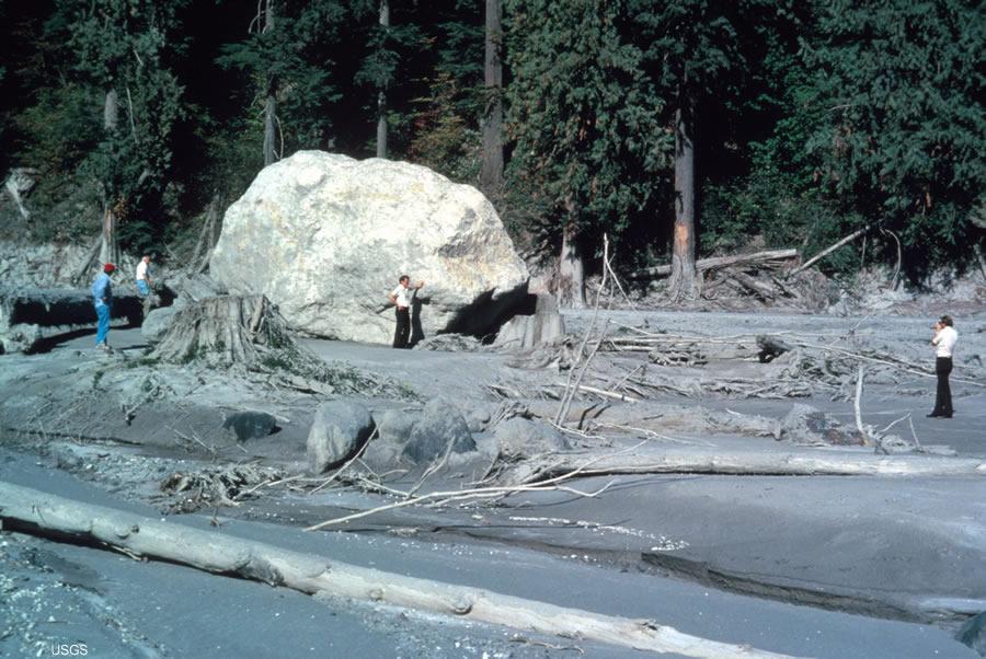 zelda how to break ice boulder